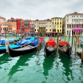 gondolas-on-grand-canal-venice-italy-1400_120